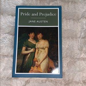 4/$20 📚 Pride and Prejudice by Jane Austen